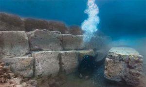 Resti del porto di Corinto